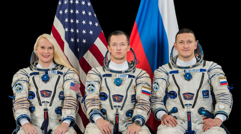 Astronauts in Space to Discuss 20th Anniversary of International Space Station