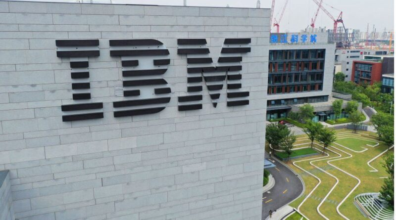 IBM to split into two as it reinvents itself