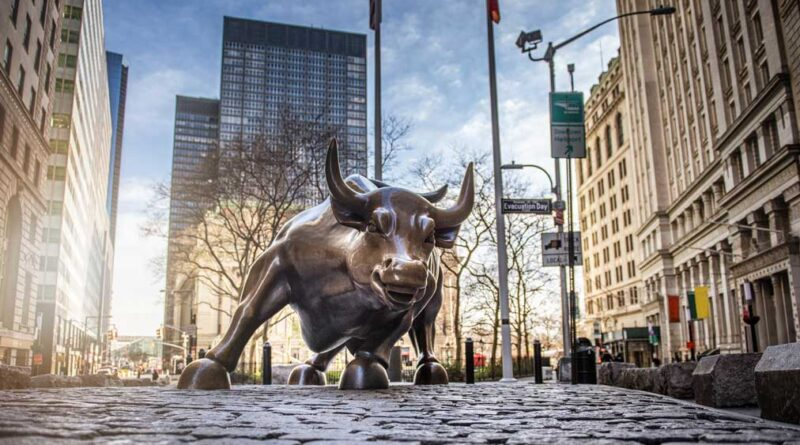 Dow Jones Futures Rise After Dow Makes History; 2 Hot IPOs Skyrocket 100% From Buy Points