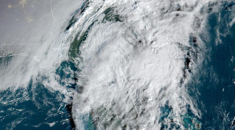 Hurricane Eta dumps torrents of rain on Florida as tropical storm; man electrocuted