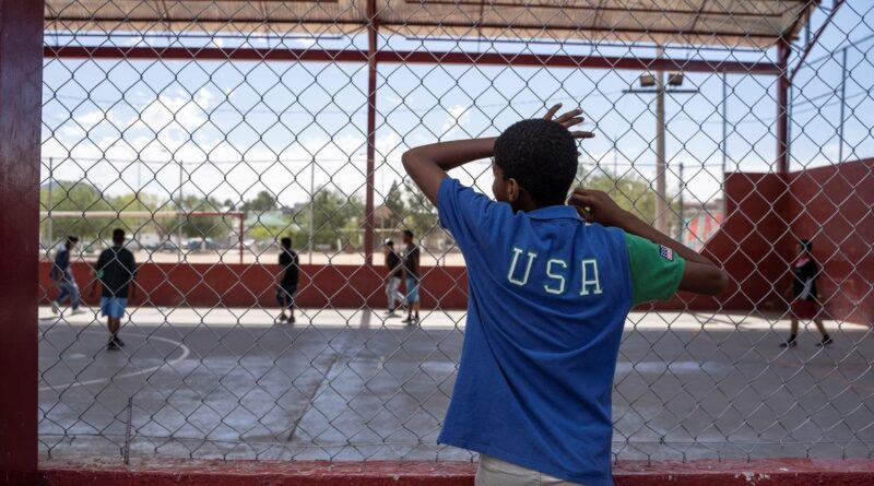 Judge rules border agents can't use COVID-19 order to expel migrant children