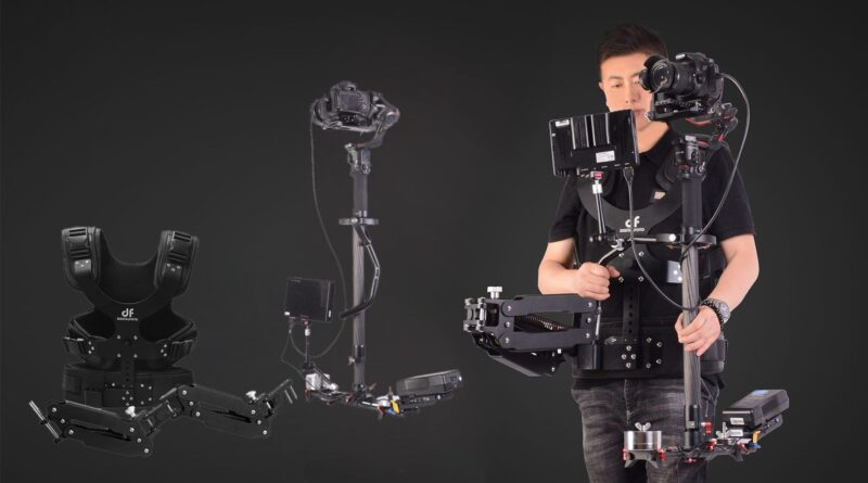 The digitalfoto Thanos Pro II is a low budget almost-all-in-one alternative to the Arri Trinity