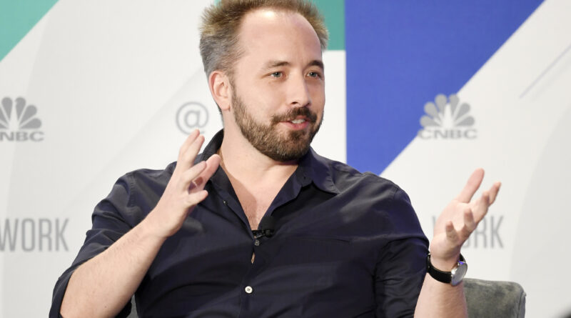 Dropbox takes $400 million charge on real estate as it goes virtual