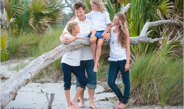 How to Find Good Locations for Family Portraits
