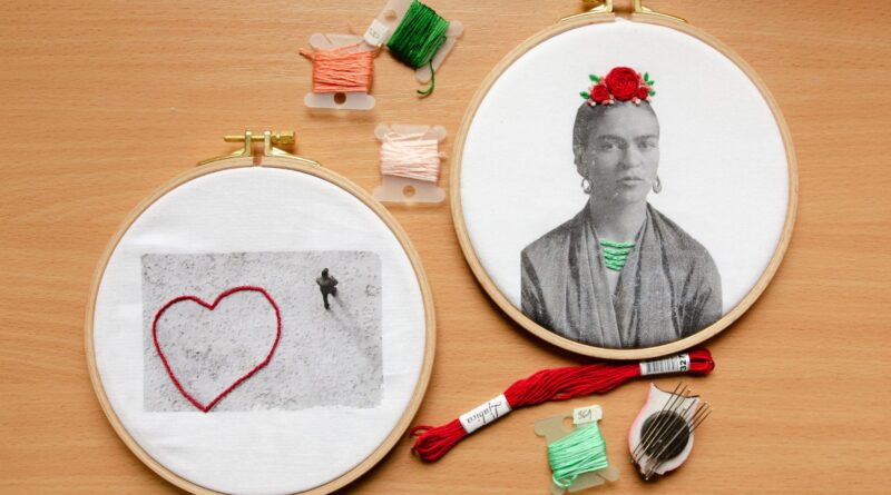 How to transfer your photos to canvas and pimp them up with embroidery – Part I