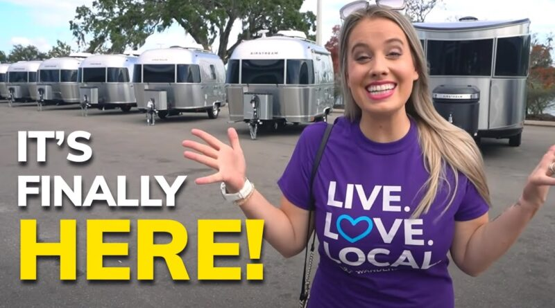 WE BOUGHT A BRAND NEW AIRSTREAM! 🎉// Full-Time RV Life