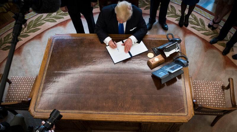 Democrats Begin Effort to Curb Post-Trump Presidential Powers